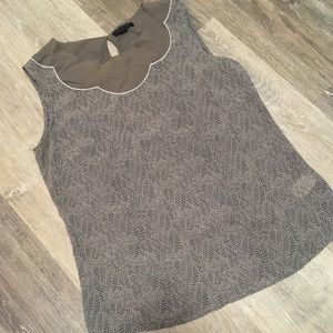 EUC BANANA REPUBLIC Sleeveless Top